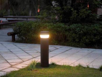Instalaciones y venta baliza ada led instaltec for Balizas iluminacion exterior