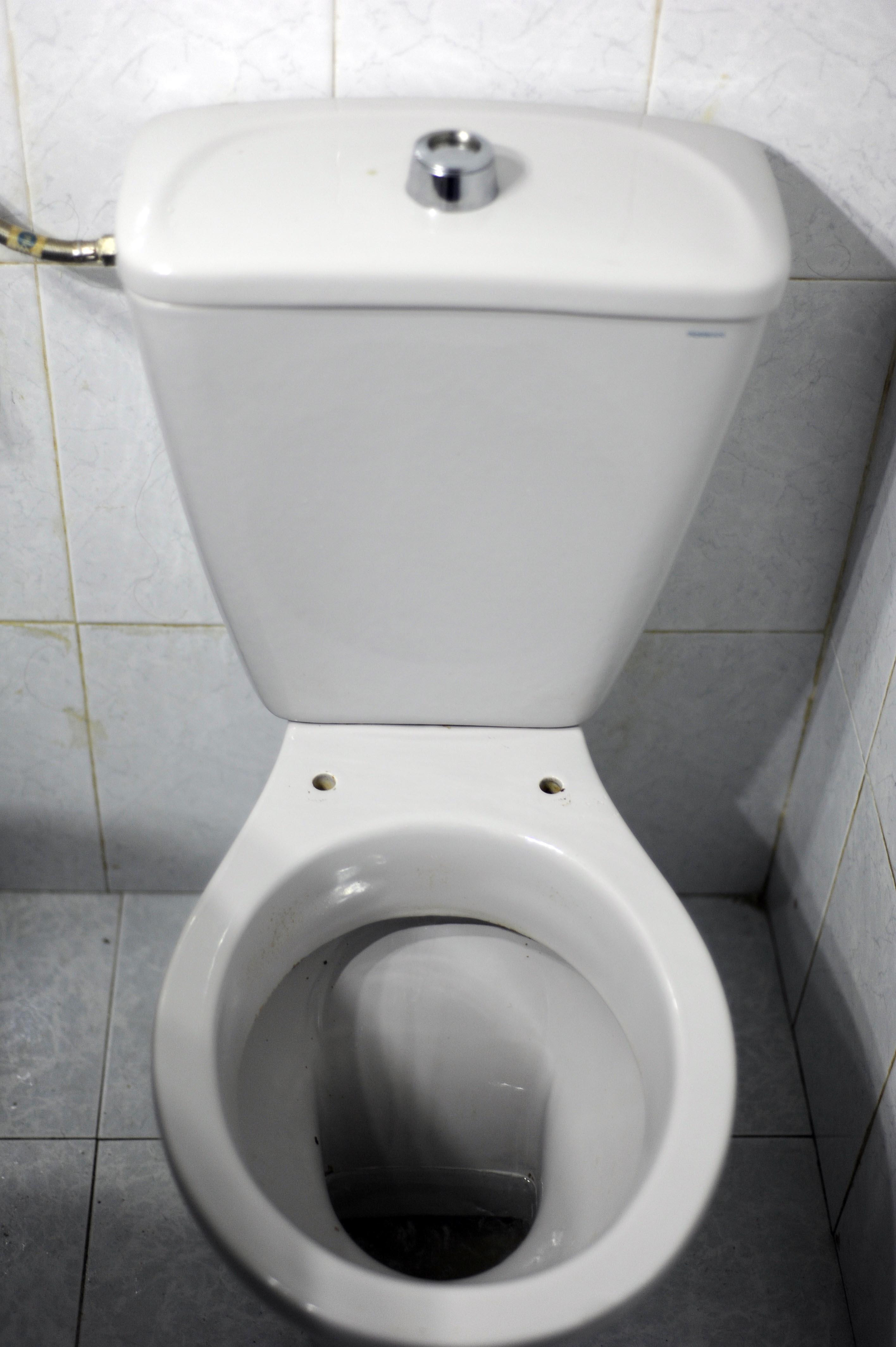 Instalaciones y venta tapa wc venecia de porsan instaltec for Marcas de wc