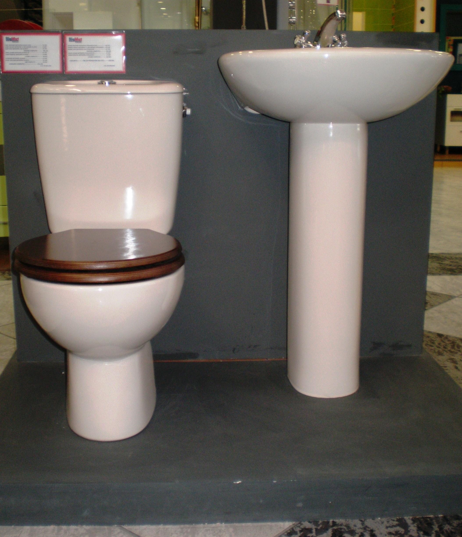 Instalaciones Y Venta Tapa Wc Metropol De Gala Instaltec