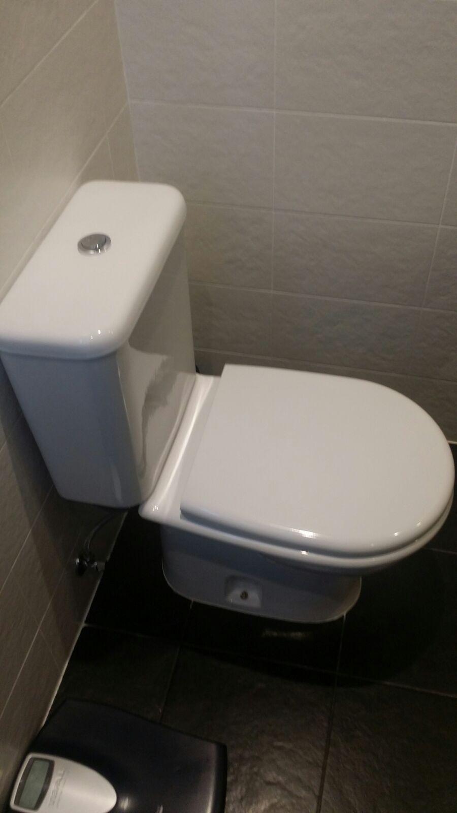 Instalaciones y venta tapa wc itaca i porcelanosa de noken for Inodoro porcelanosa